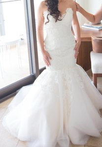 Jim Hjelm Ivory Organza and Tulle Body Skimming Silhouette Strapless Alencon Lace Bodice Chapel Train 8214 Wedding Dress Size 2 (XS)