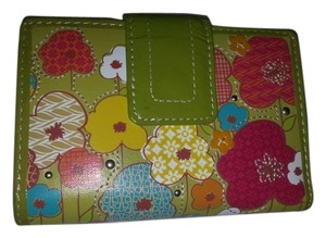 Fossil Fossil Leather Top Stitch Green Floral Organizer Wallet