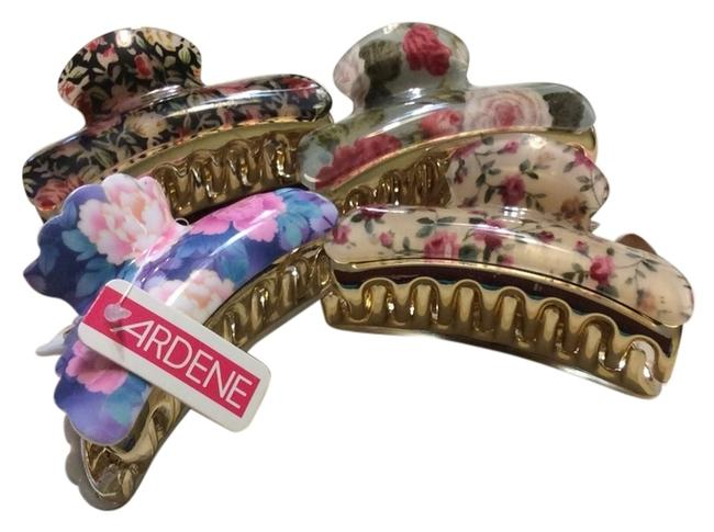 Item - Multicolor Clips Hair Accessory