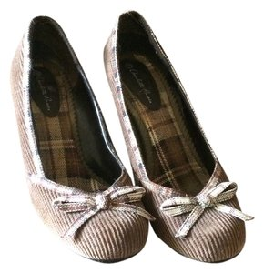 Charlotte Russe Brown with Plaid Pumps