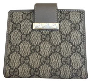 Gucci GC canvas with leather