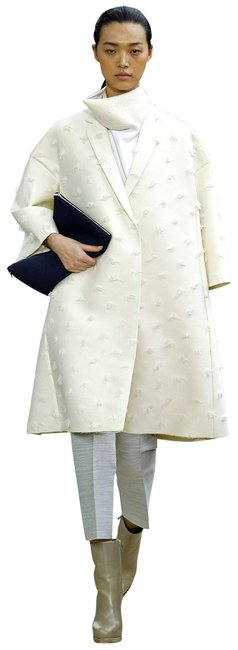 Item - White Fr36 Made In France Oversized Thick Felt Wool Coat Size 6 (S)