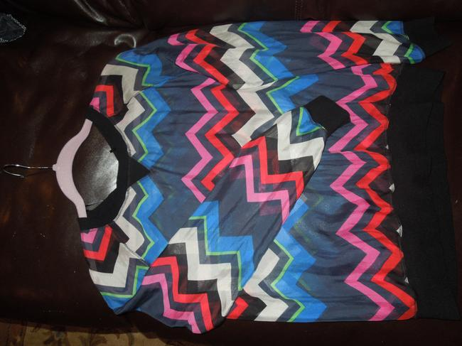 L.A.M.B. Silk Dressy Work Play Top Varying blues, green, red, pink and cream