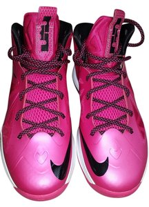 Nike LeBron James Comfortable Fuchsia Athletic