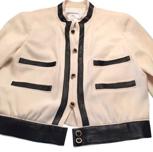 Chanel Ivory and black Blazer