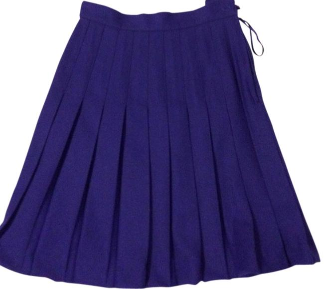 Preload https://item5.tradesy.com/images/casual-corner-purple-size-4-s-27-801039-0-0.jpg?width=400&height=650