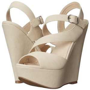 Steve Madden Platform Strappy Bone Tan Cream Wedges