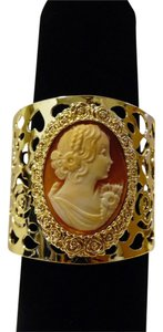 "AMEDEO AMEDEO NYC ""Roselline"" Cameo Cutout Bangle Bracelet Size 7 1/2"