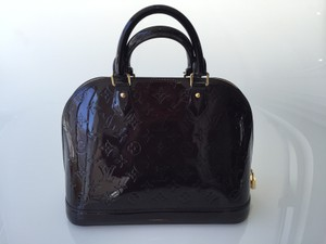 Louis Vuitton Vernis Alma Satchel in Amarante