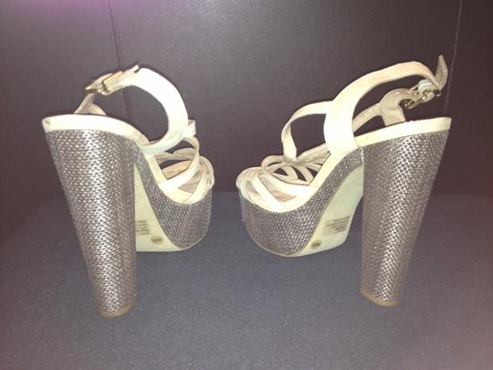 Jessica Simpson Cizal 8.5 Like New Trade taupe Platforms Image 2