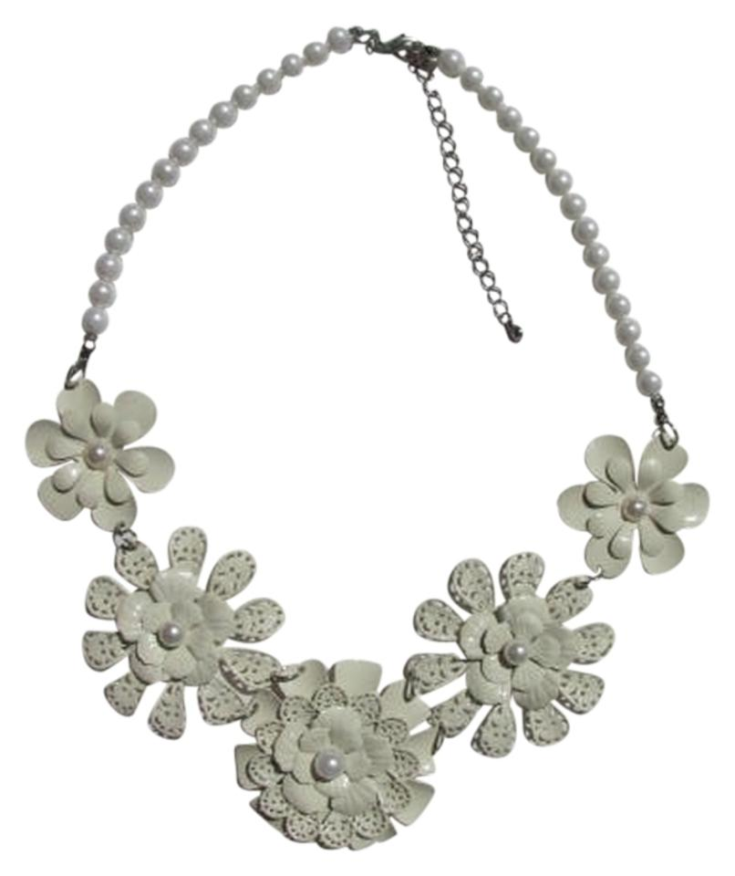 White off white 5 flowers statement necklace tradesy other 5 flowers statement necklace mightylinksfo