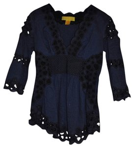 Catherine Malandrino Eyelet Cotton Voile Pleated Embroidery Scalloped Edges Top Blue/Black