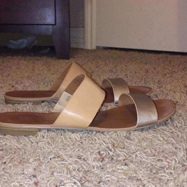Item - Gold Sandals Size US 9 Regular (M, B)