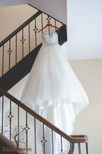 Maggie Sottero Ivory/Silver Top Tulle Esme Formal Wedding Dress Size 4 (S)