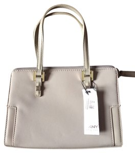 DKNY Tote in Gravel