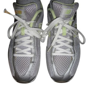 New Balance Super Light Airy Comfortable gray and yellow with mesh Athletic