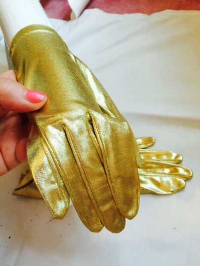 Gold To Enhance Dressy Outoit Gloves Image 2