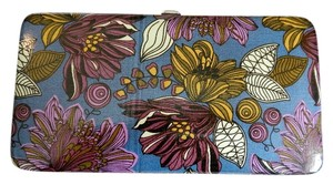 Icing Floral Pattern Opera Wallet