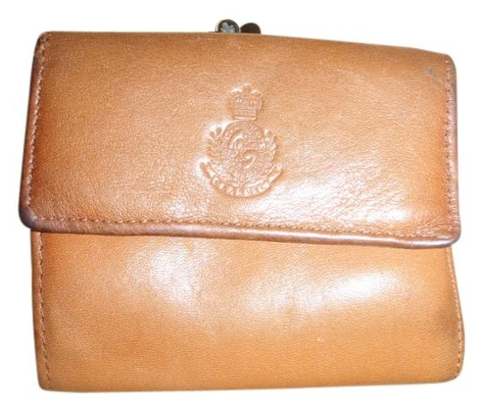 Preload https://item4.tradesy.com/images/charter-club-light-brown-small-wallet-804323-0-0.jpg?width=440&height=440