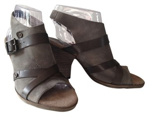 OTBT Leather Crisscross Strap Gray Mint Sandals