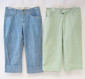Womyn Lot Of Green Blue Denim Capri/Cropped Pants Multi-Color