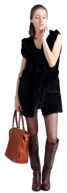 Preload https://img-static.tradesy.com/item/8049502/neiman-marcus-black-knitted-mink-long-real-fur-new-vest-size-os-one-size-0-2-650-650.jpg