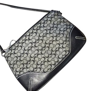 Coach Wristlet in Black/gray