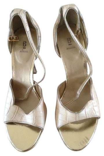 Bakers Bone and gold Pumps