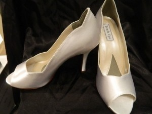Touch Ups White Bianca Size US 9