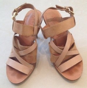 Michael Kors Camel, Tan, Light Brown Sandals