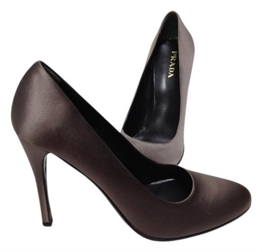 Prada Satin Sophisticate Elegant Chic Gray Pumps