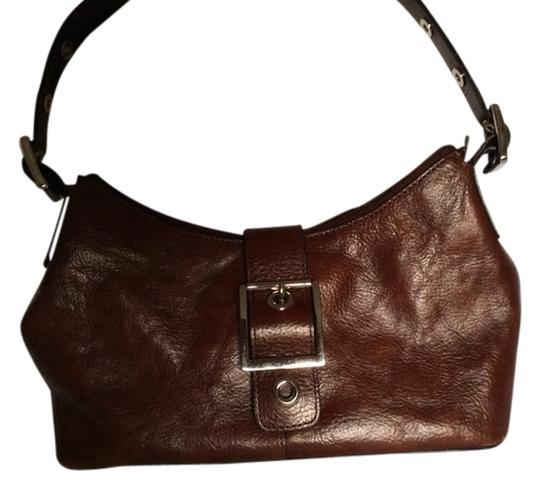 Preload https://item3.tradesy.com/images/wilsons-leather-brown-shoulder-bag-806467-0-0.jpg?width=440&height=440