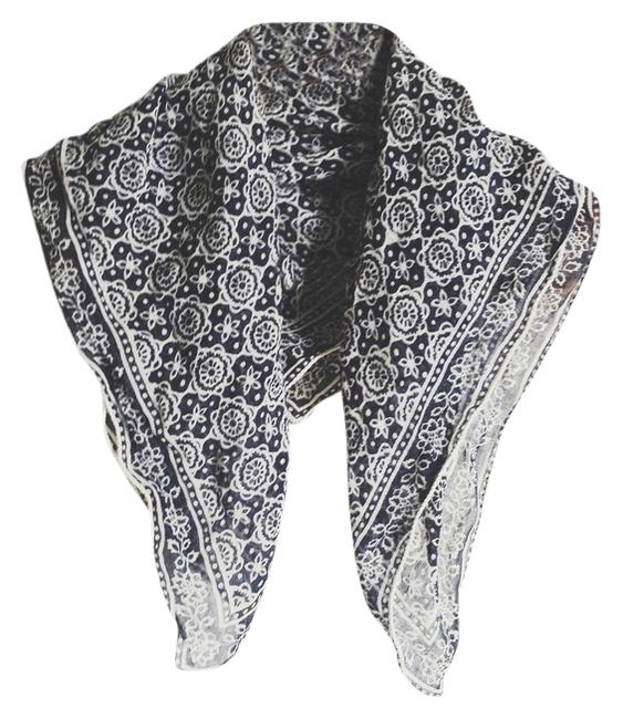 Item - Navy Blue & White Floral Patterned Square Scarf/Wrap