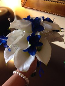 Real Touch Cala Lily Wedding Bouquet And Groom Boutounierre