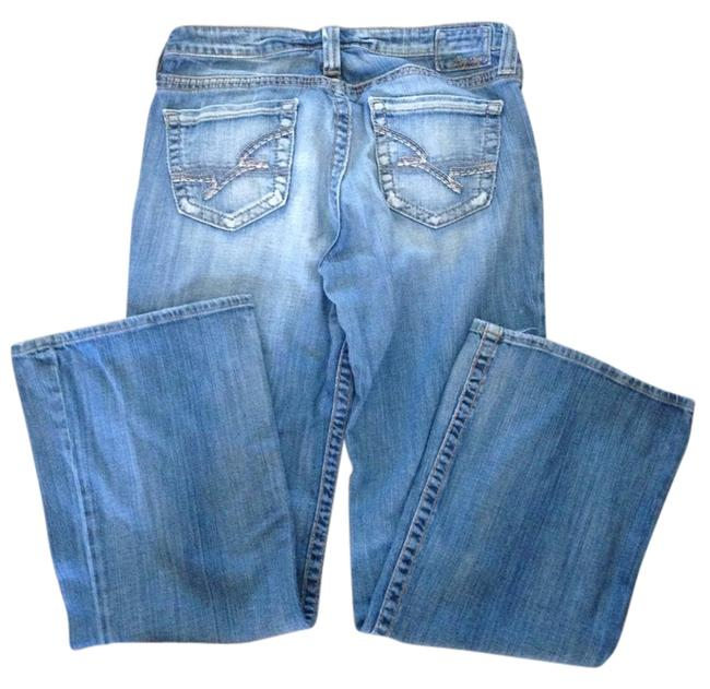 Item - Blue Light Wash Relaxed Fit Jeans Size 31 (6, M)