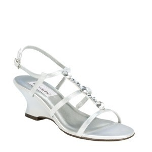 Dyeables White Chloe Size US 7