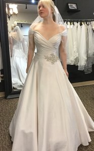 Allure Bridals 2801 Wedding Dress