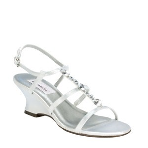 Dyeables White Chloe Size US 6