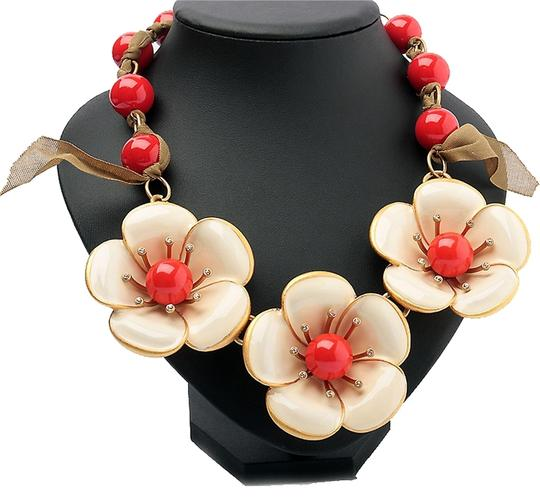 Preload https://img-static.tradesy.com/item/8072236/marc-by-marc-jacobs-coral-chunky-flower-garland-standard-statement-necklace-0-2-540-540.jpg