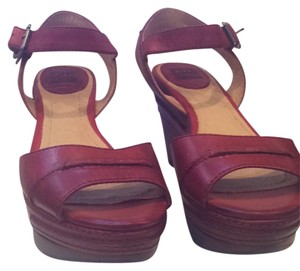 39ab6ae5f4807 Frye Wedges - Up to 90% off at Tradesy