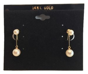 14 Karat Gold and Pearl Earrings ( Non-Pierced / Screw-Closure )