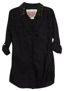 Derek Heart Top Black with Gold Studs