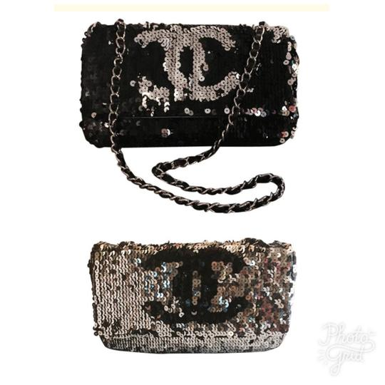 Chanel Shoulder Bag Image 0