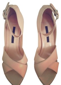Narciso Rodriguez Light Pink Sandals