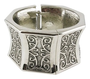 Kenneth Jay Lane Kenneth Jay Lane ORNATE CUFF BANGLE BRACELET
