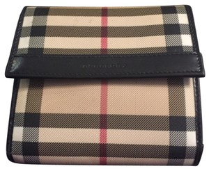 Burberry Full Wallet With Card Slots, Bill Slot & Change Compartment