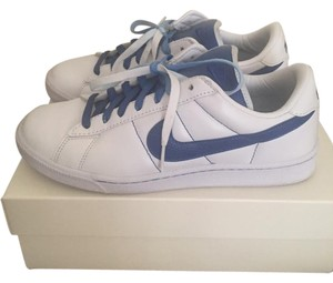 Nike White/Blue Athletic