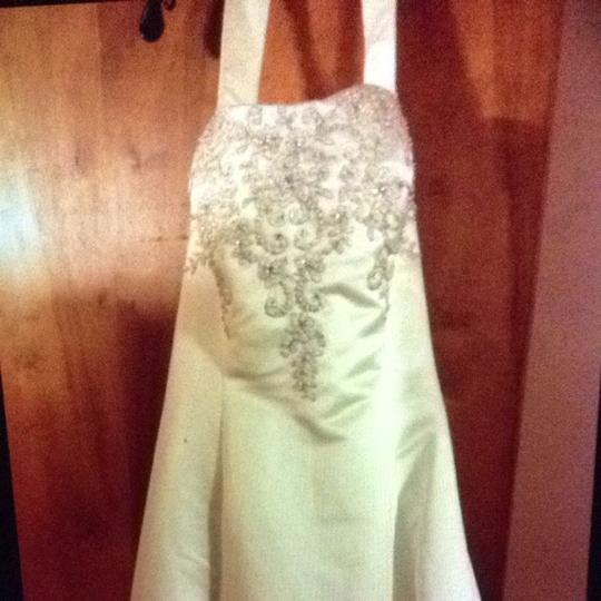 Bonny Bridal Off Whie Wedding Dress Size 18 (XL, Plus 0x) Image 3