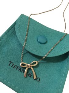 Tiffany & Co. Mini Bow Pendant Necklace (Sterling Silver 16
