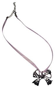 Other Silvery Bow Necklace